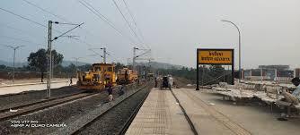 સ્ટેચ્યુ આેફ યુનિટી હવેથી સીધા ટ્રેન મારફત પહાેંચી શકાશે, આઠ ટ્રેનાેને પીએમ આપશે લીલીઝંડી