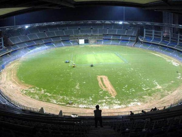 IPLના એક અઠવાડિયા પહેલાં વાનખેડે સ્ટેડિયમ ખાતેના 8 ગ્રાઉન્ડ્સમેનનો કોરોના રિપોર્ટ પોઝિટિવ આવ્યો